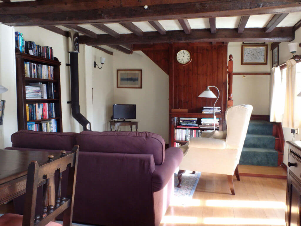Granary Cottage lounge