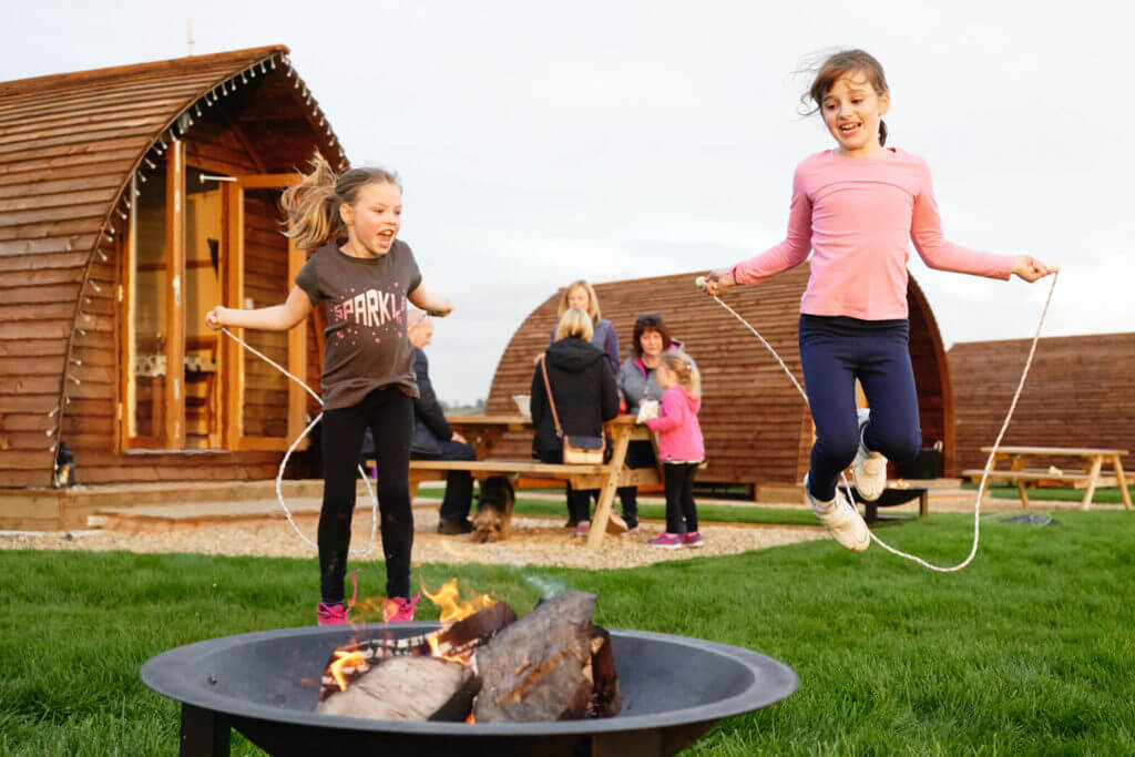 Wigwam Millside fire pit family