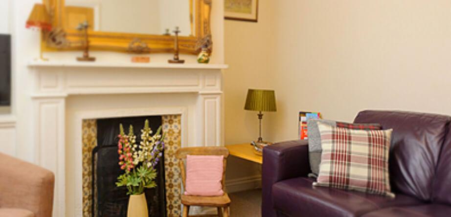 9 Burghley Lane Stamford Cottages lounge