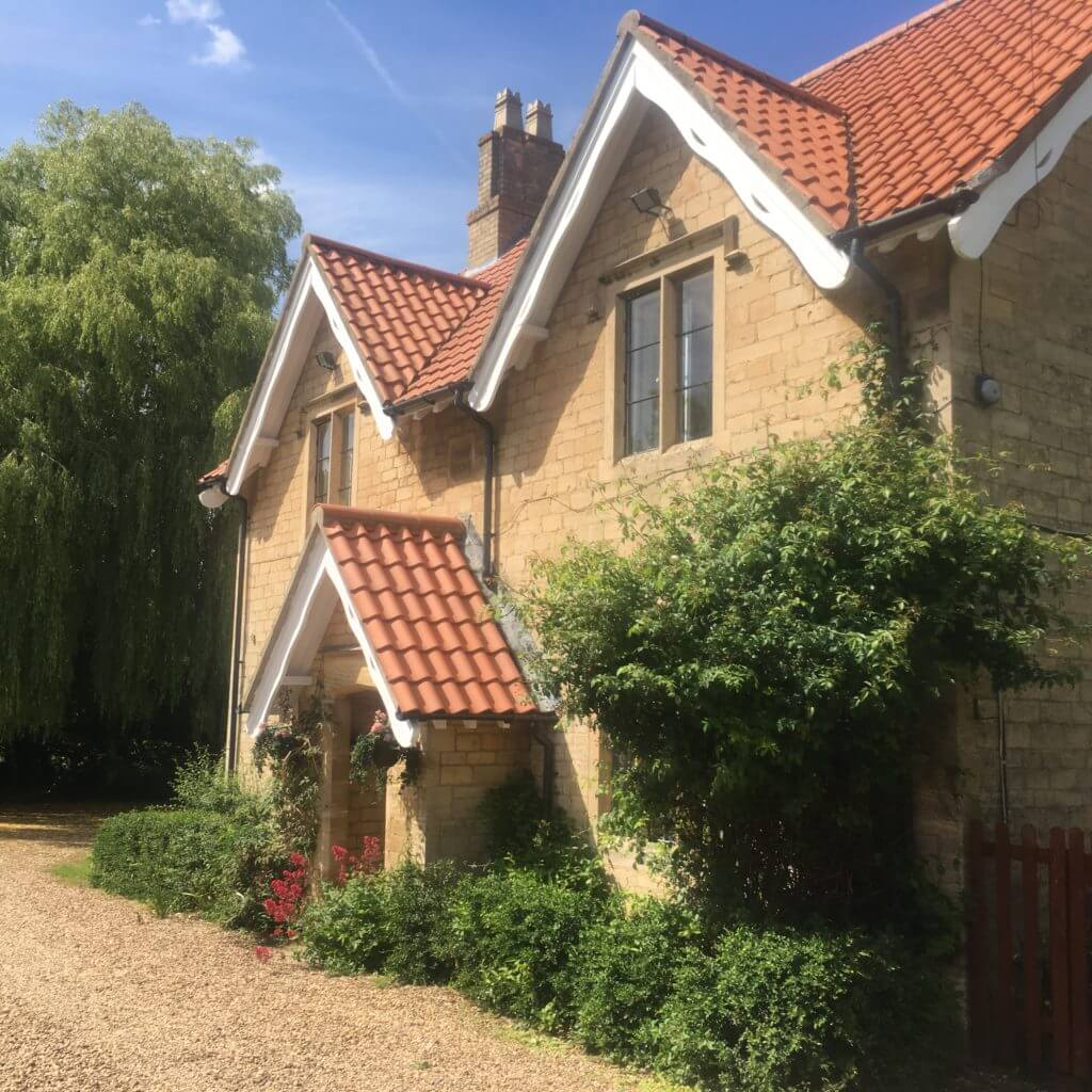 Fulbeck Gardens Cottage exterior
