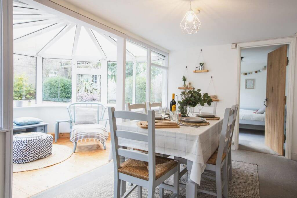 Bee Cottage 3.Conservatory and dining room